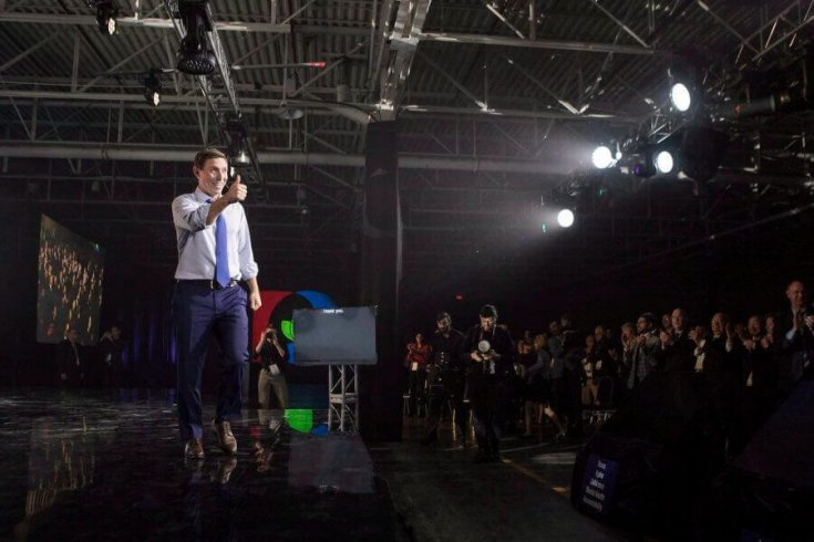 Patrick Brown, then the Ontario Progressive Conservative leader, gestures to ­supporters as he addresses the party's convention in Toronto on November 25, 2017