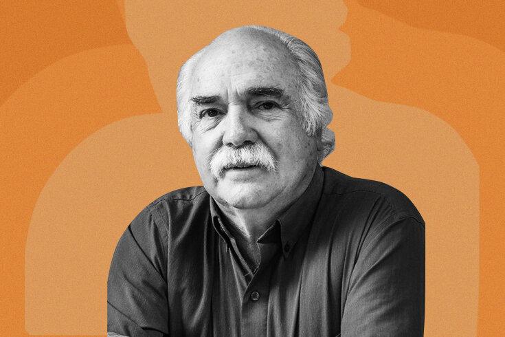 Black and white photo of Ricardo Sternberg on an orange background.
